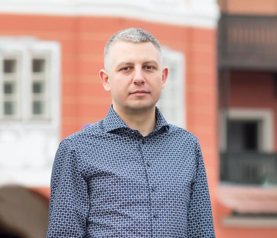 radu-hasan-co-founder-ceo-smart-bill