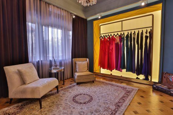 showroom-dressbox-1