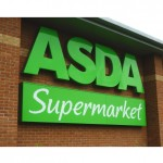 Britanicii nu se mai inghesuie la supermarket