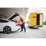 Germania: Daimler si DHL iti livreaza pachetul in portbagaj