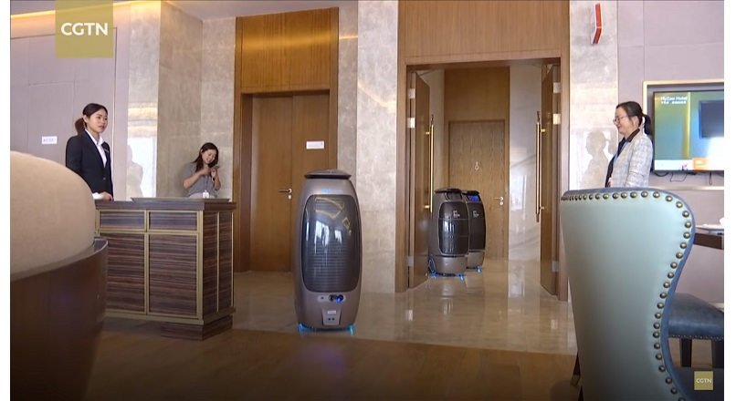 Alibaba Group isi arata lumii tehnologia AI intr-un hotel high-tech [VIDEO]