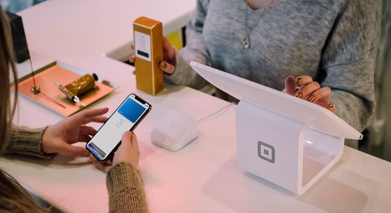 Pana in 2020, peste 50% dintre chinezi vor plati pe mobile, la POS