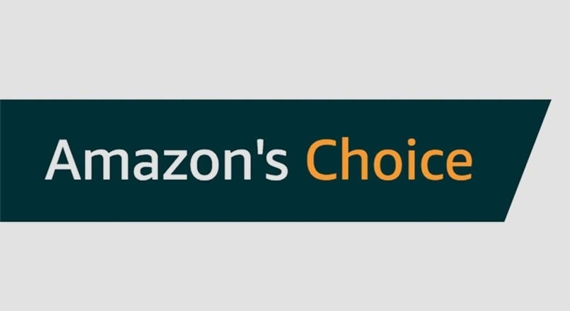 Amazon.co.uk pacaleste clientii cu badge-ul Amazon's Choice (VIDEO)
