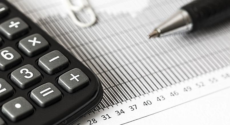 COVID-19: 80% dintre directorii financiari estimeaza scaderea veniturilor (sondaj)