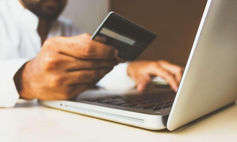 Ce obiceiuri de plata au consumatorii din UE? (studiu)