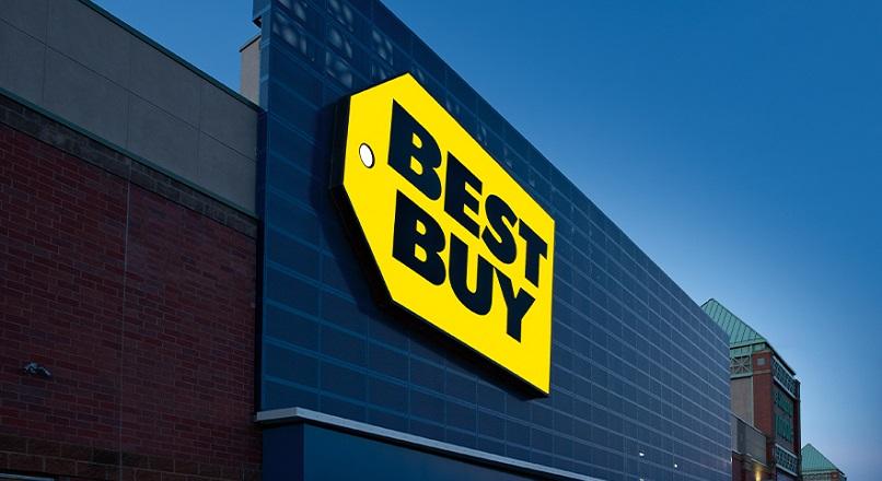 Best Buy transforma 25% dintre magazinele fizice in hub-uri pentru comenzi online