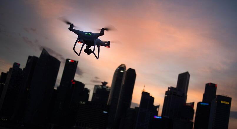 Marea Britanie: Amazon a pus frana livrarilor cu drona