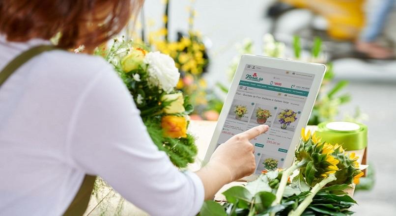 Floria.ro: 46% dintre romani vor comanda flori online si in 2021