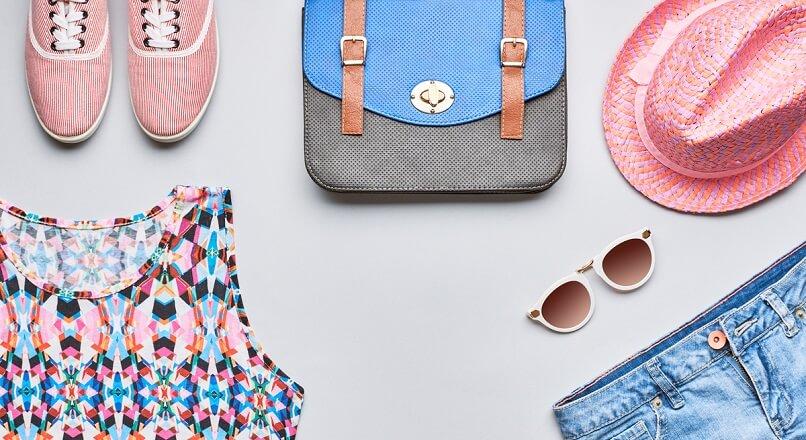 1 din 3 dintre romani va aloca pana la 500 RON/luna pe moda online, in vara (sondaj)
